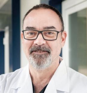 Dr. Abejón